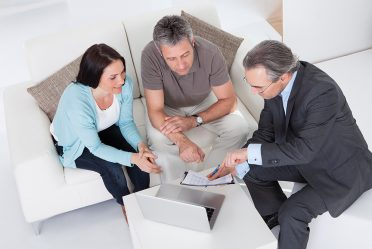 5 Advantages of Using a Mortgage Broker